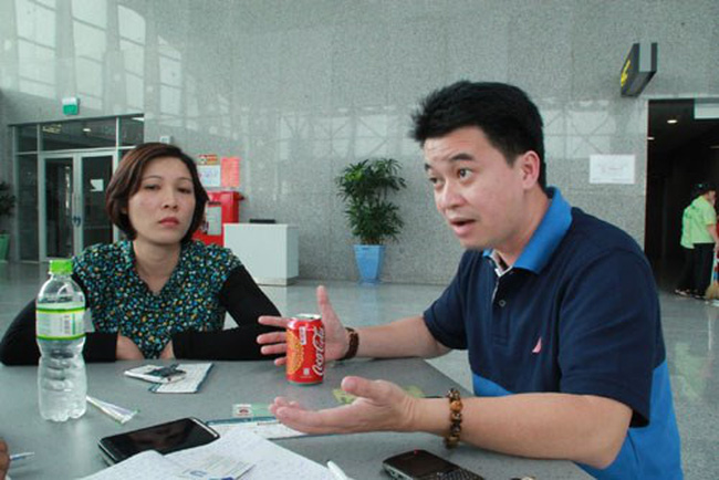 """Vietnam Airlines đối xử với khách như """"xe dù"""""""