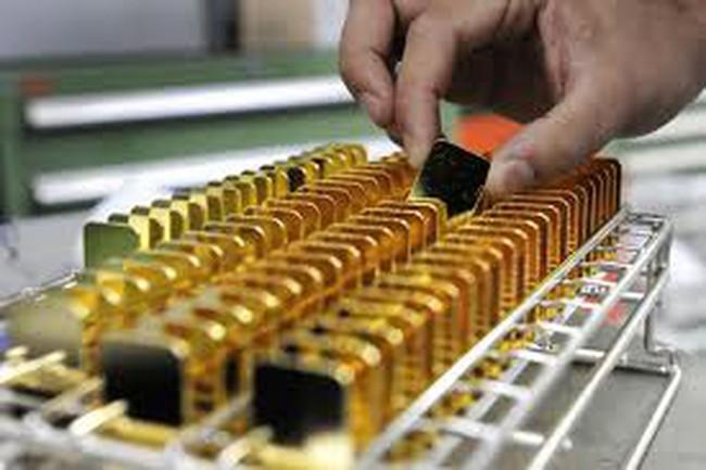 Giá vàng tăng mạnh nhất trong 6 tháng