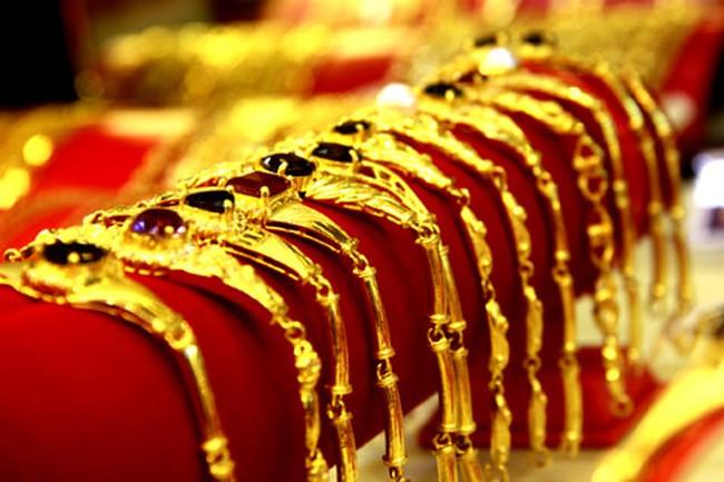 Người Việt chi hơn 4 tỷ USD mua vàng năm 2013