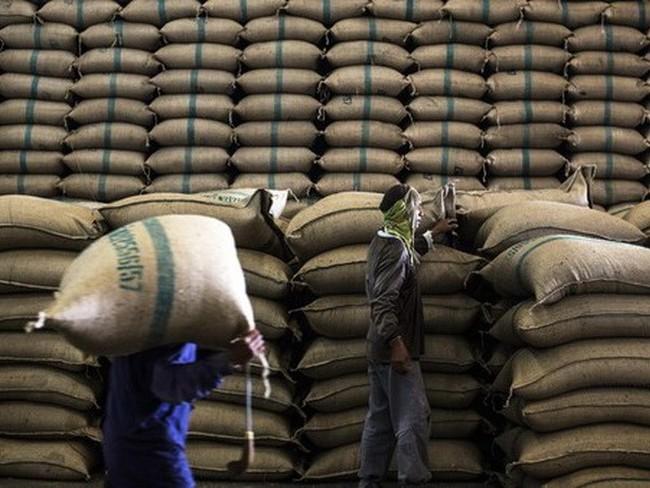 Thái Lan bán tháo gạo, thị trường thế giới trở nên bất ổn