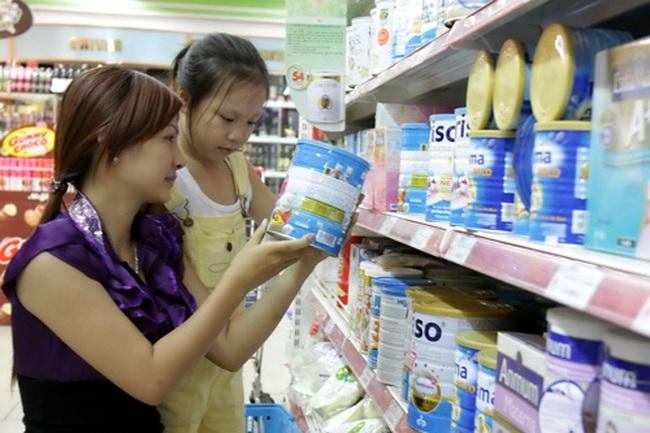 Sữa lại đua tăng giá từ 1/3