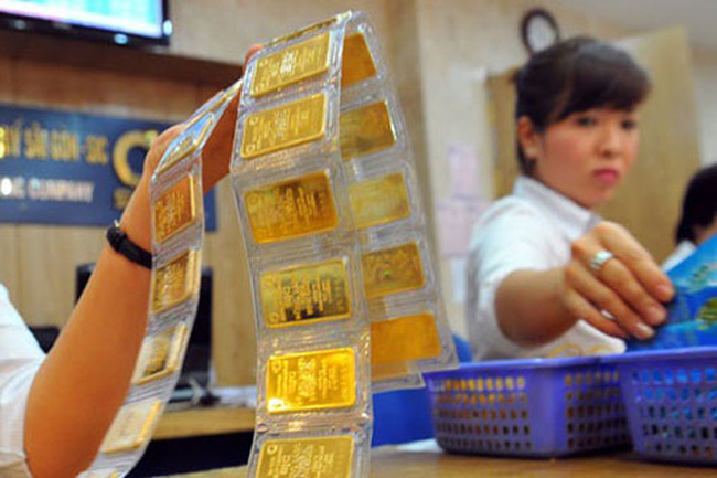 Giá vàng dự báo giảm trong tuần đầu tháng 3