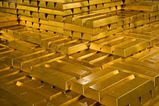 Giá vàng rớt mạnh sau tuyên bố của ông Putin