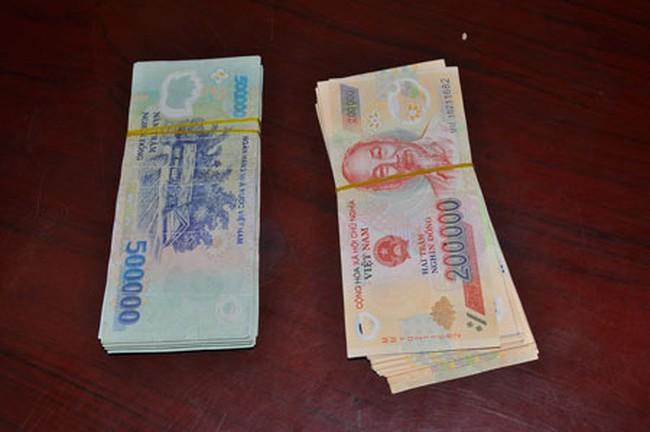 Tổ trưởng tổ tiết kiệm chiếm đoạt tiền vay của nhiều hộ nghèo