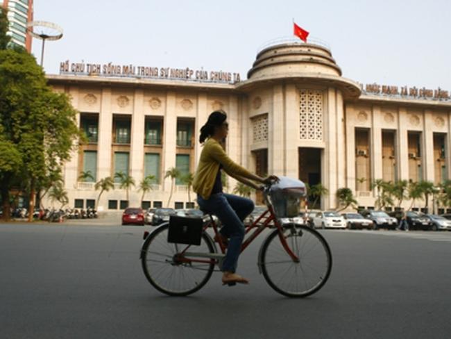 Tái cơ cấu ngân hàng: Cờ đến tay Nhà nước