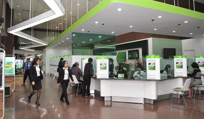 Cả hệ thống giảm lãi suất, riêng Vietcombank tăng mạnh