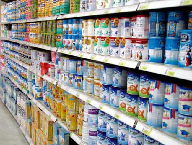 Kêu lỗ vì giá trần, sữa ngoại dám bỏ thị trường?