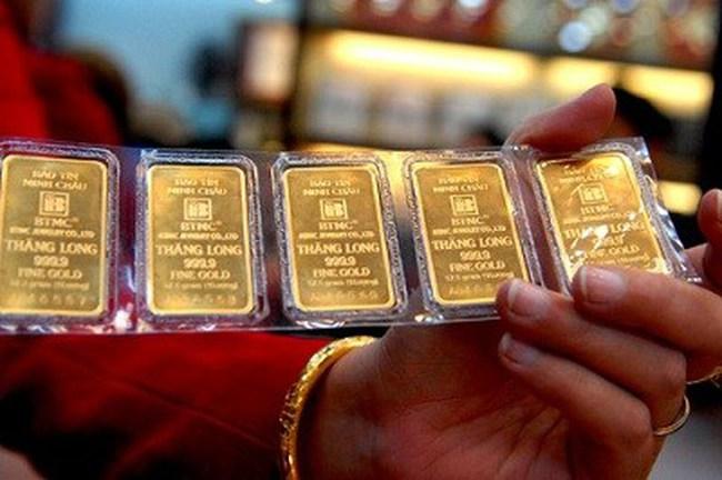 Hạ nhẹ, giá vàng vẫn trên 36,6 triệu đồng/lượng