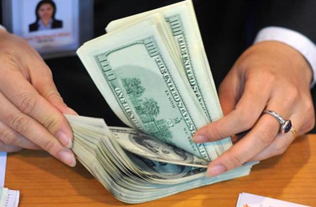 USD ngân hàng lại tăng lên kịch trần
