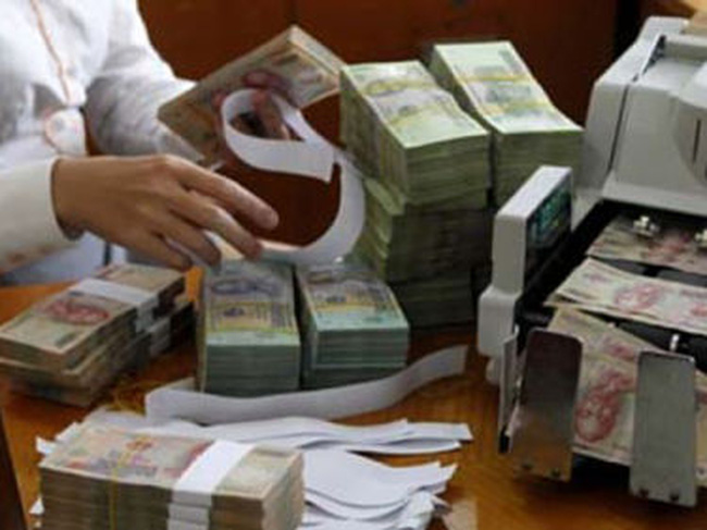 Nợ xấu đồng loạt tăng: Gỡ dần tấm rèm thưa