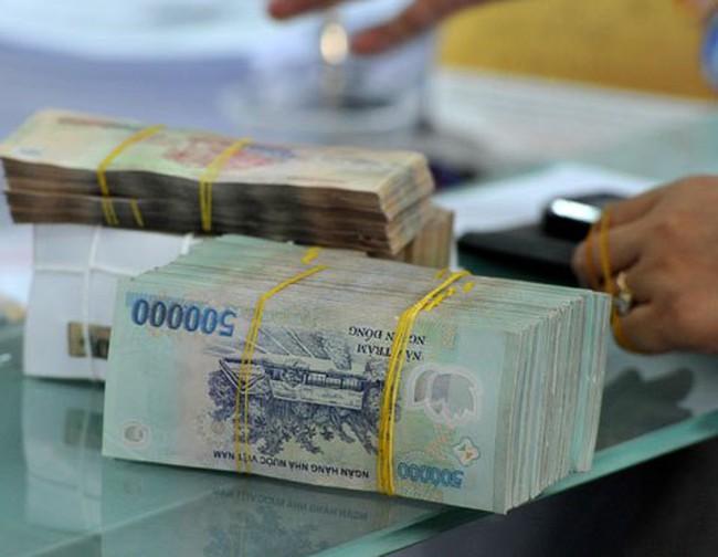 Ngày 4/9: Lãi suất liên ngân hàng VND quay đầu giảm