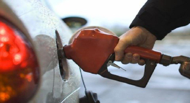 Doanh nghiệp được tự tăng giá xăng dầu