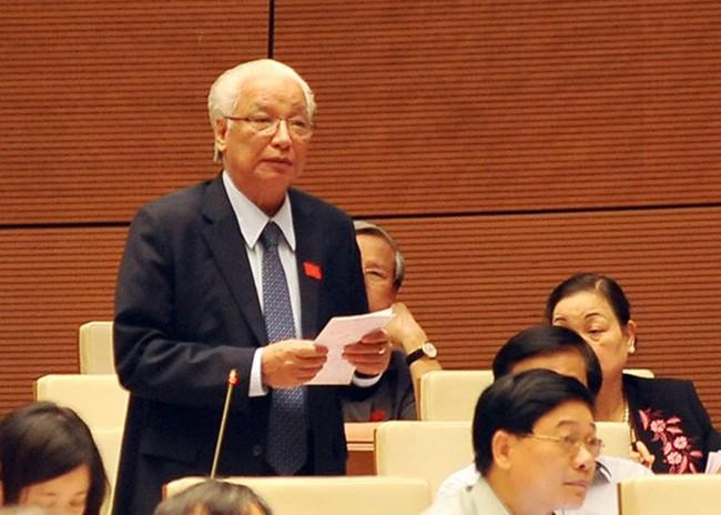 Nguyên Thống đốc NHNN Cao Sỹ Kiêm:Tái cơ cấu còn chậm