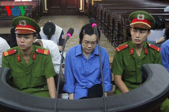 Huyền Như thừa nhận bỏ tiền túi trả lãi ngoài hợp đồng cho Navibank