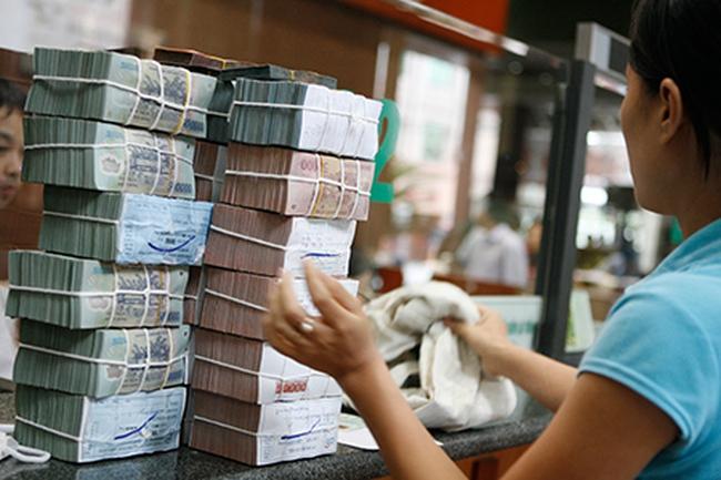 Chính phủ yêu cầu xem xét tiếp tục điều chỉnh giảm mặt bằng lãi suất