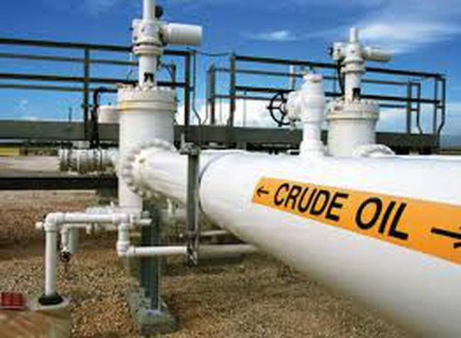 Giá dầu lao dốc xuống đáy mới chưa đến 58 USD/thùng
