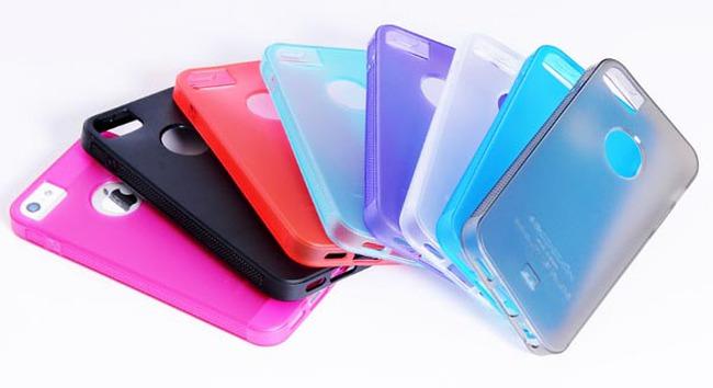 Thu giữ hàng chục ngàn ốp lưng điện thoại có thể gây ung thư