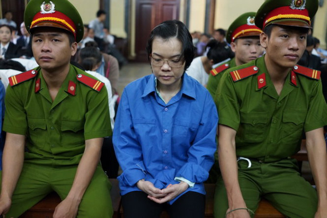 Luật sư đề nghị triệu tập Bầu Kiên đến phiên xử Huyền Như