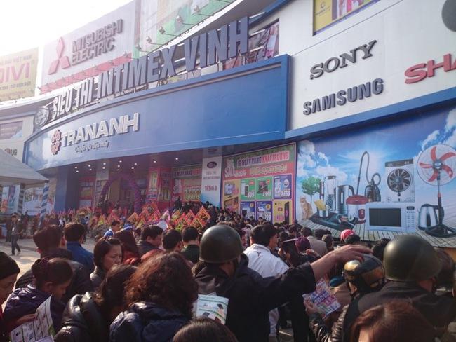 Đón mùa mua sắm cuối năm, Trần Anh khai trương siêu thị thứ 14