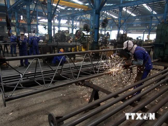 Việt Nam bảo vệ nền kinh tế khỏi khủng hoảng như thế nào?