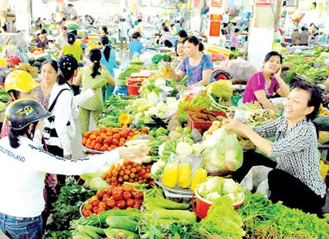 Tin kinh tế 17/11: Doanh nghiệp trong nước vẫn làm chủ thị trường bán lẻ Việt Nam