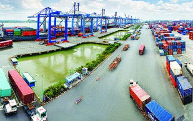 Việt Nam nhập siêu gần 3 tỷ USD từ Thái Lan sau 10 tháng