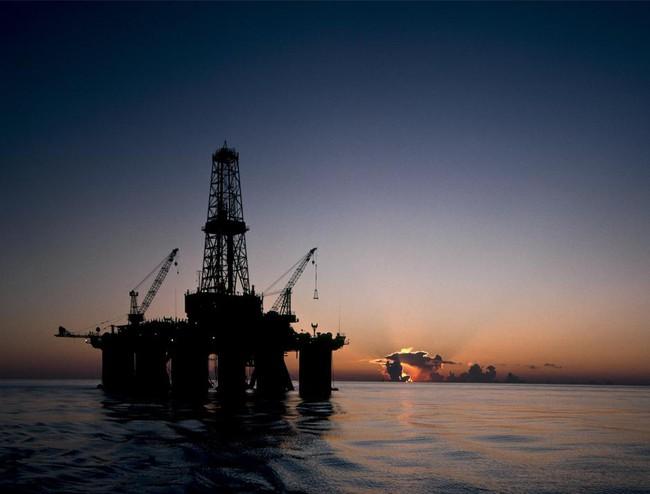 """Kinh tế Châu Á """"hưởng lợi"""" nhờ giá dầu giảm"""