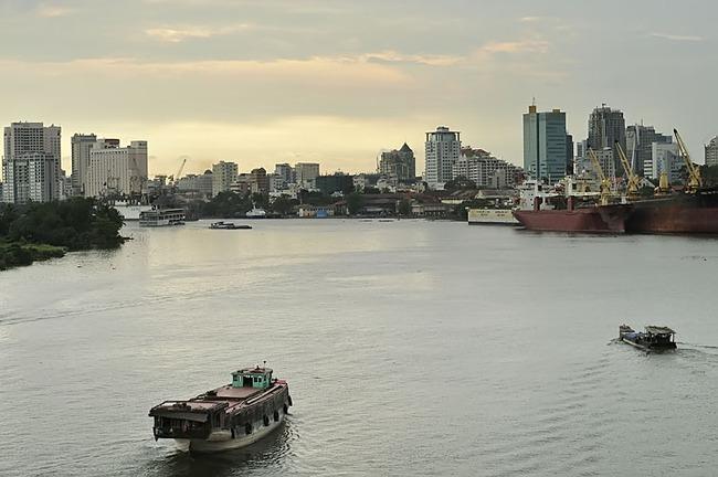 """4 ngành """"hút"""" vốn ngoại tại Việt Nam"""