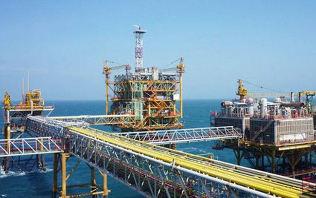 Tin kinh tế 18/12: Việt Nam đang chi 30-70 USD khai thác mỗi thùng dầu