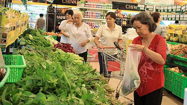 """Giá xăng """"lao dốc"""", CPI cả nước tháng 12 tiếp tục giảm 0,24%"""