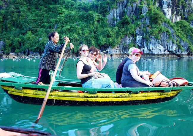 Việt Nam đón gần 8 triệu lượt khách quốc tế trong năm 2014