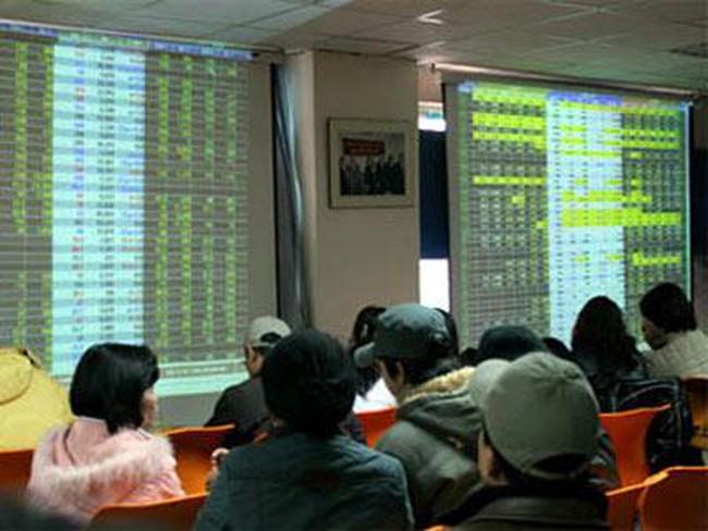 Giải mã hiện tượng cổ phiếu kém thanh khoản tăng trần bất thường trong thời gian qua