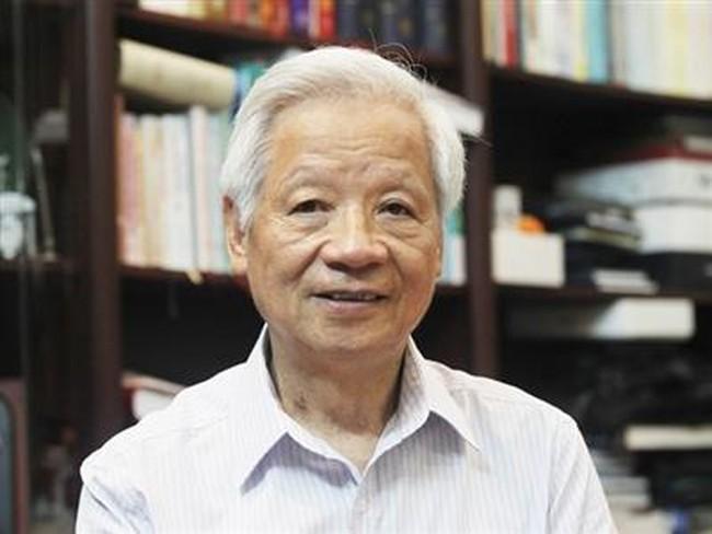 Nghe CQĐT công bố lệnh khởi tố ông Trần Xuân Giá