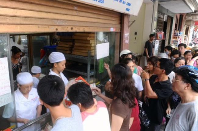 Bên trong 1 lò sản xuất bánh trung thu truyền thống nổi tiếng ở HN