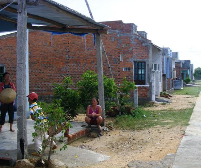 Bình Định: Khu dân cư có tiền cũng không được dùng ti vi, tủ lạnh