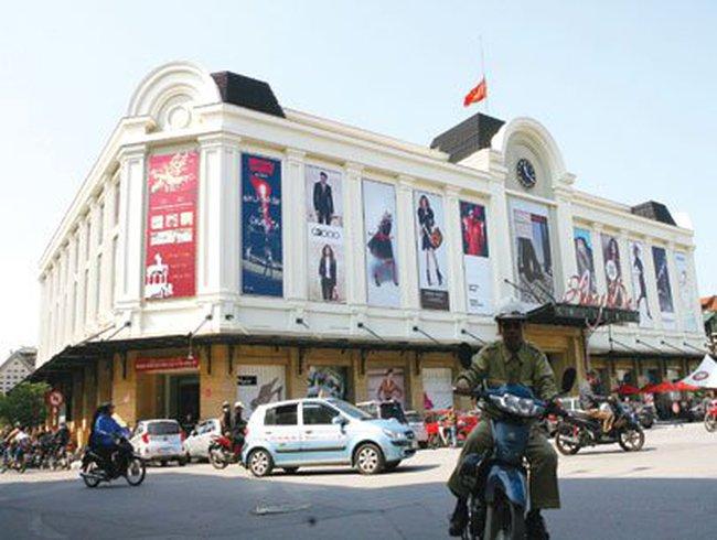 Xu hướng 'bình dân hóa' khu mua sắm cao cấp