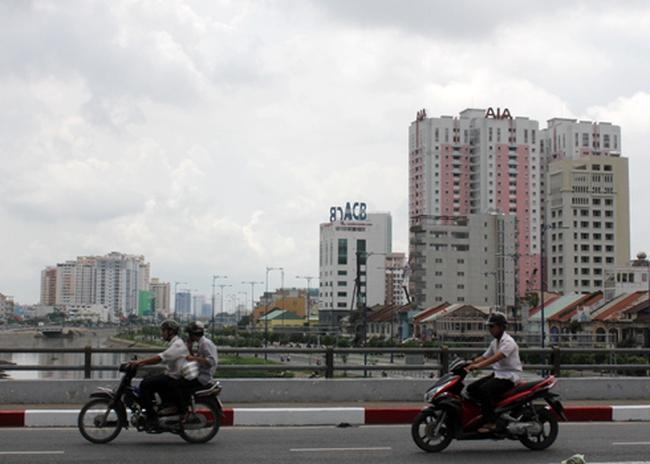 'Cứu bất động sản chỉ còn cách hạ giá'