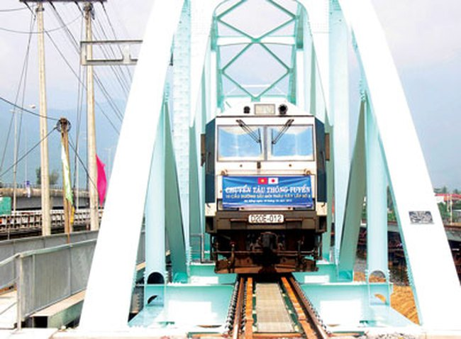 Khánh thành 10 cầu trên tuyến đường sắt Bắc - Nam