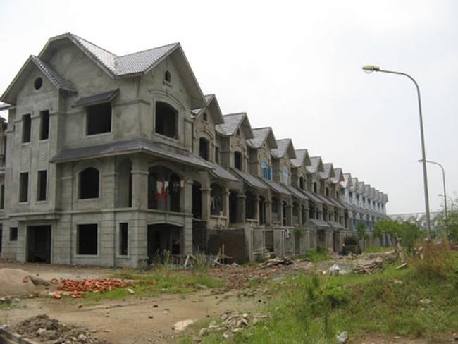 """Cận cảnh điêu tàn của """"siêu"""" dự án Geleximco Lê Trọng Tấn"""
