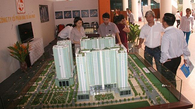 Hội chợ bất động sản: Khách èo uột và than giá cao
