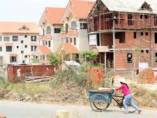 Giá giảm 50-60%, bất động sản vẫn khó bán
