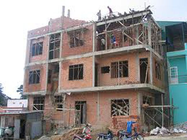 """Gia tăng tình trạng """"bảo kê"""" cho vi phạm xây dựng"""