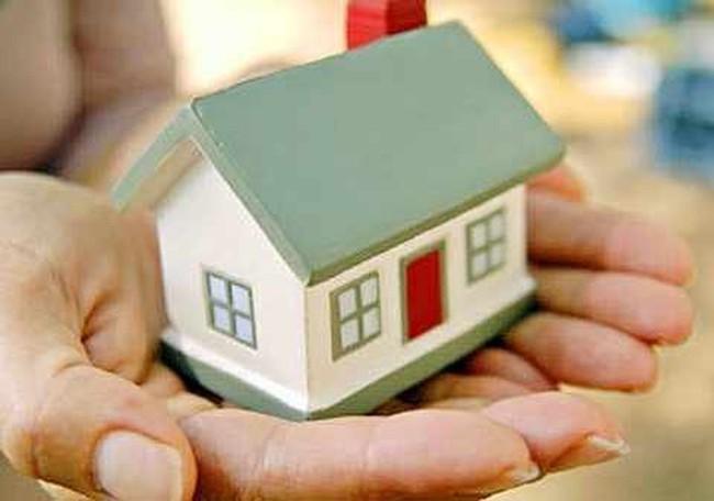 Nói và làm: Cứu đại gia, dân có mua được nhà rẻ?
