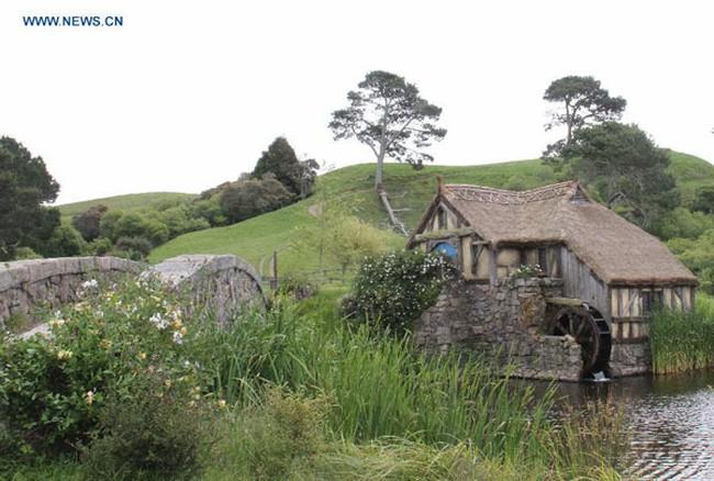 Hút hồn những ngôi nhà Hobbit đẹp lung linh