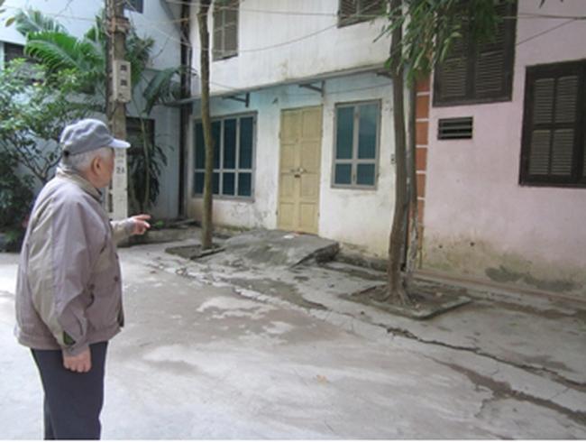 """Khu tập thể 558 Nguyễn Văn Cừ: Kiên quyết bảo vệ """"bức tường công lí"""""""