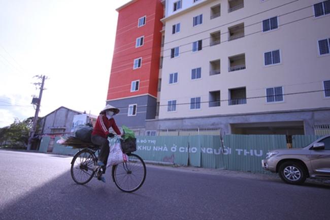 """Khánh Hòa: Nhà ở xã hội """"ế"""" chỏng chơ vì giá cao"""