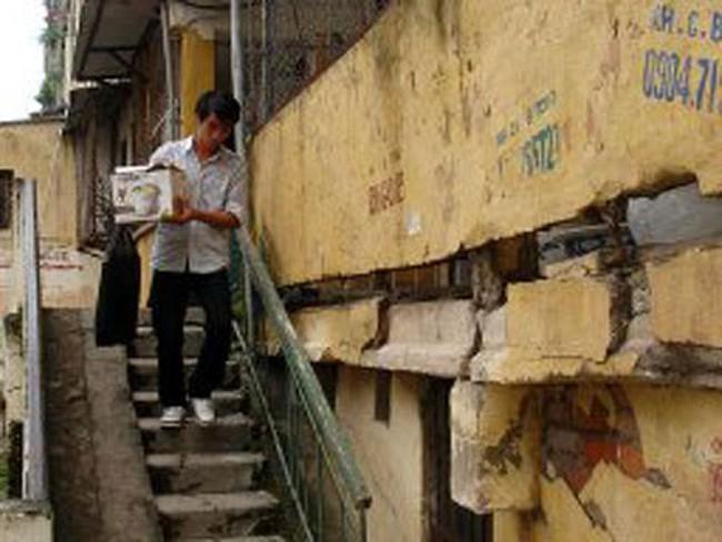 Cấm bán chung cư đã hư hỏng nghiêm trọng