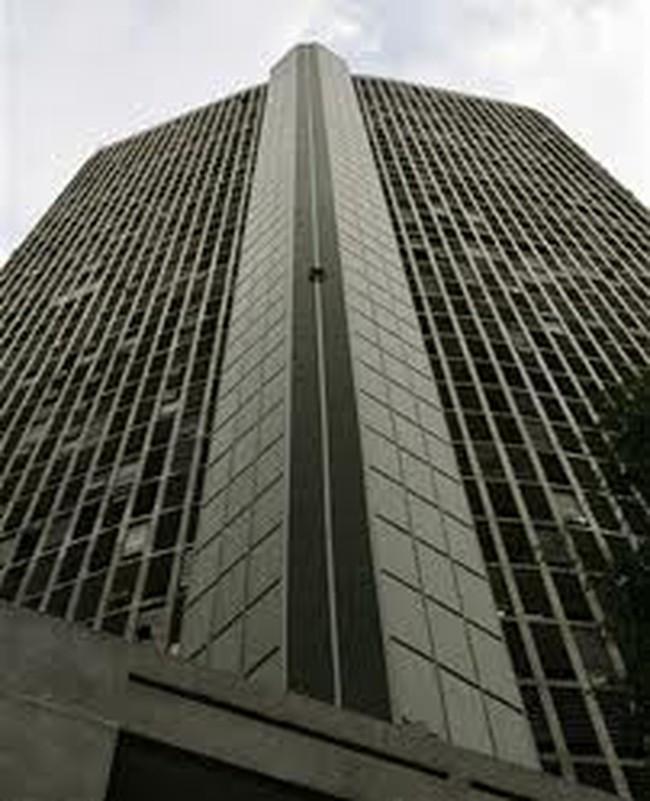 Tòa nhà chọc trời cao 191m không có thang máy tại Venezuela