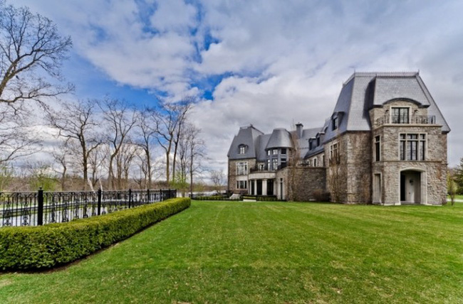 Choáng ngợp độ xa xỉ căn biệt thự hơn 600 tỷ đồng của Celine Dion