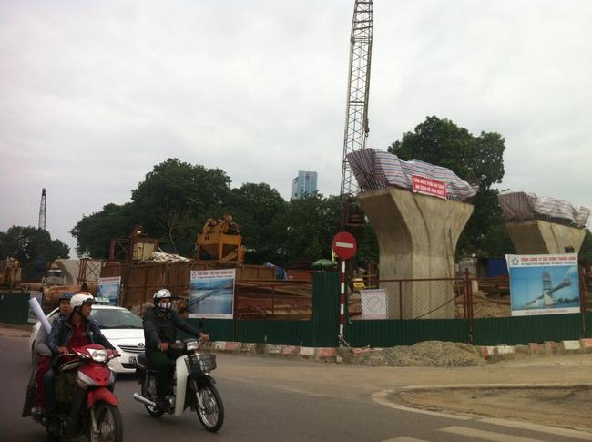 Tranh cãi gay gắt xung quanh việc xây dựng đường vành đai 2